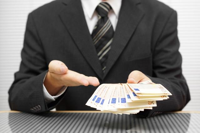 Comment savoir si une offre de crédit ou une offre de produits est en réalité une arnaque ?